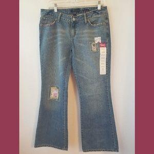 Aeropostale Embellished Flare Jeans Sz 9/10 Short